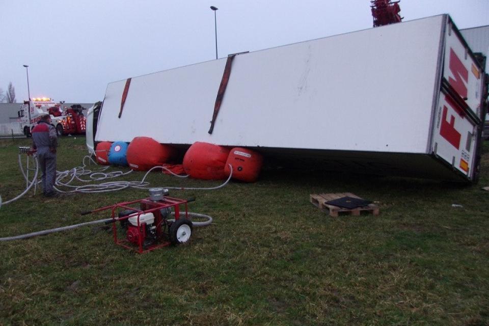 Camion frigo couché 2 - Garage BUISINE Lille