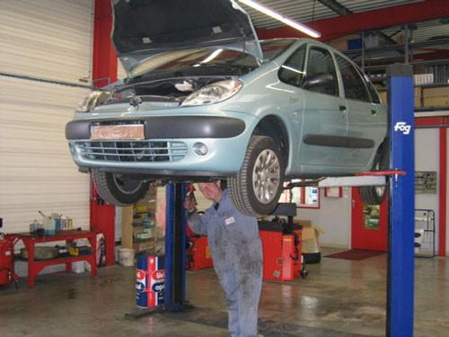 Garage armenti res r paration poids lourds armenti res for Garage mecanique lille